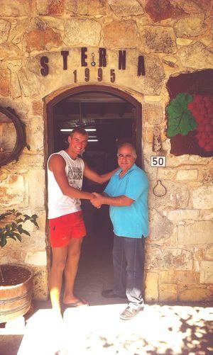 стерна в горах на Кипре) Good Service