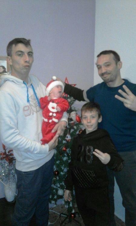 Bon Nadal Feliz Navidad Merry Christmas Feliz Navidad