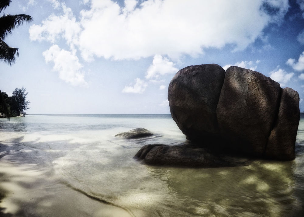 Praslin Seychelles Beauty In Nature Cloud - Sky Day Horizon Over Water Nature No People Outdoors Praslin Praslin Seychelles Scenics Sea Sky Tranquil Scene Tranquility Travel Destinations Travel Photography Water