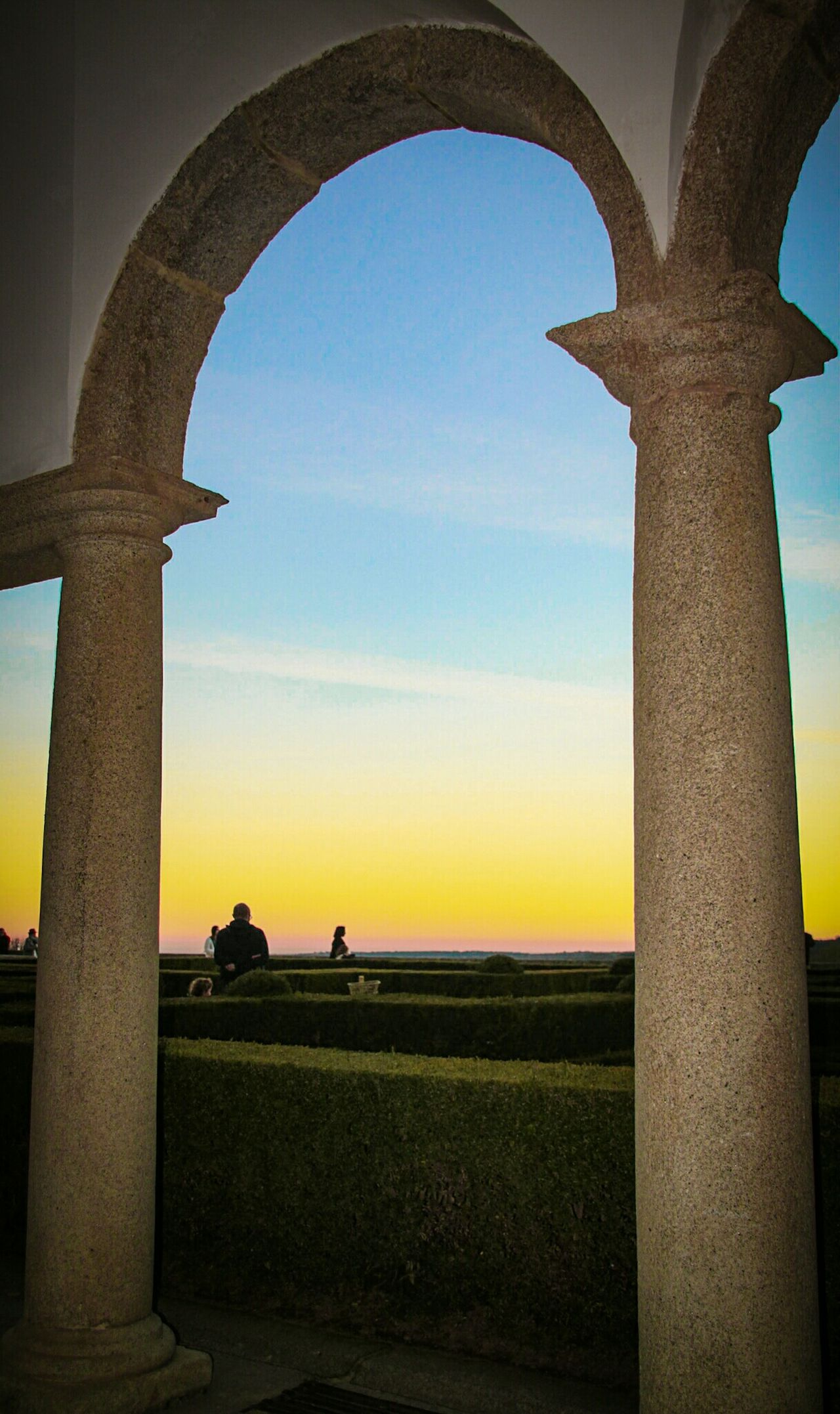 Arch Travel History Sky Sunset Architecture Scenics Outdoors Day Couple Watching The Sunset Sunset_collection Framed Elescorial San Lorenzo De El Escorial El Escorial Jardines Madrid Check This Out Malephotographerofthemonth Silhouette EyeEm Gallery