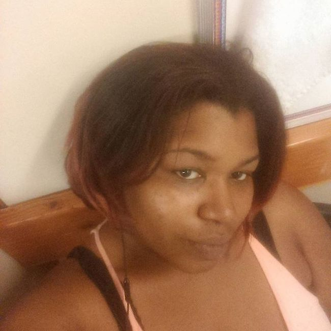 I work hard lol people dont even know Vixen Vixensewin Protectivestyle Sheabutter Colorednaturalhair Beautiful Sheamoisture Bbw Plussize Bold Boldncurvy Getitin Workhardplayhard Workflow