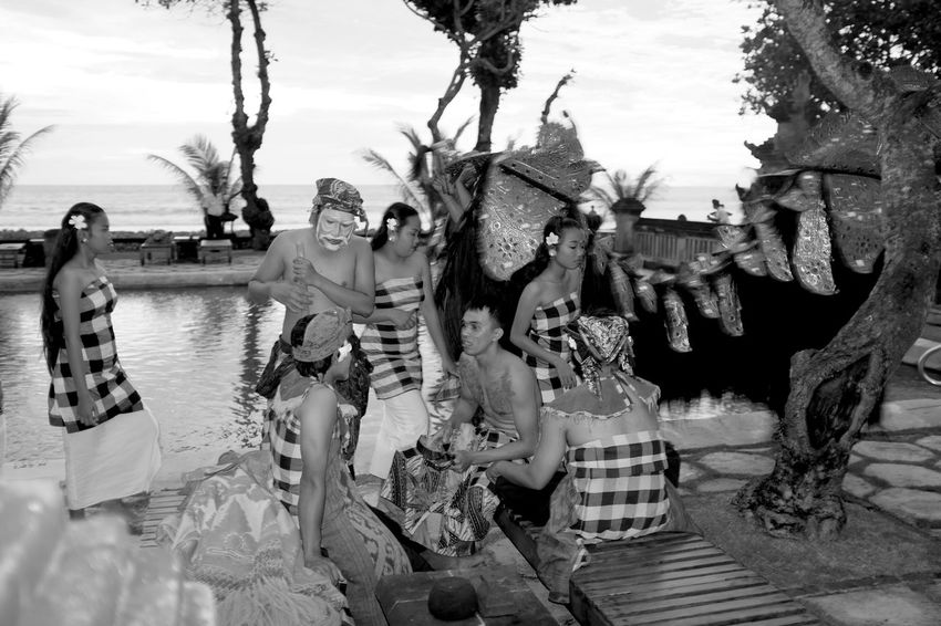 characters B&w Street Photography Bali Bali, Indonesia Barong Behind The Scene Blackandwhite By The Pool Candid Dancer Everybodystreet Exotic Fujifilm_xseries Group Of People Horizon Over Water Kecak Dance Monochrome Performer  Seminyak Street Photography Streetphotography Theatre Troop Tourism Tourist Attraction  Tourist Destination