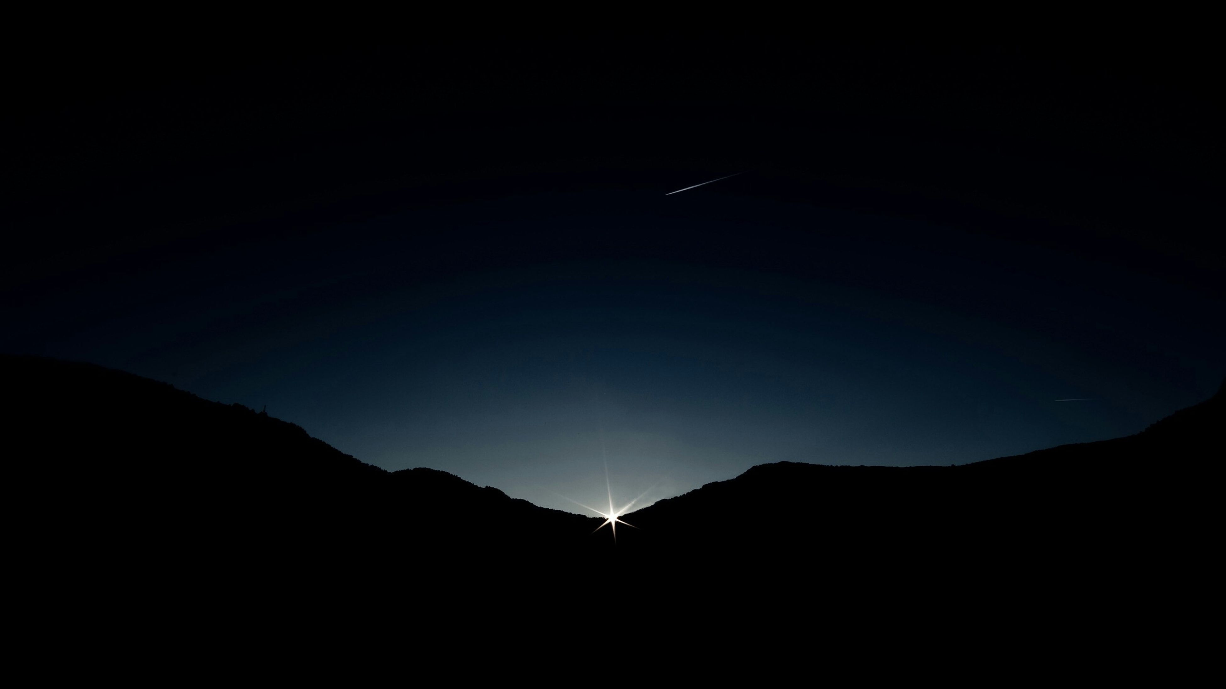 mountain, silhouette, copy space, scenics, mountain range, clear sky, tranquil scene, night, tranquility, beauty in nature, landscape, nature, moon, idyllic, dark, dusk, illuminated, outdoors, sky, low angle view