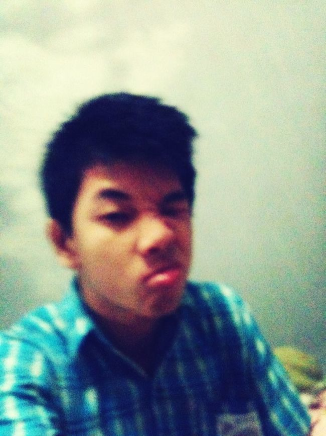 Home Funny Faces #Blurry Follow My Twitter @realroland90 Please