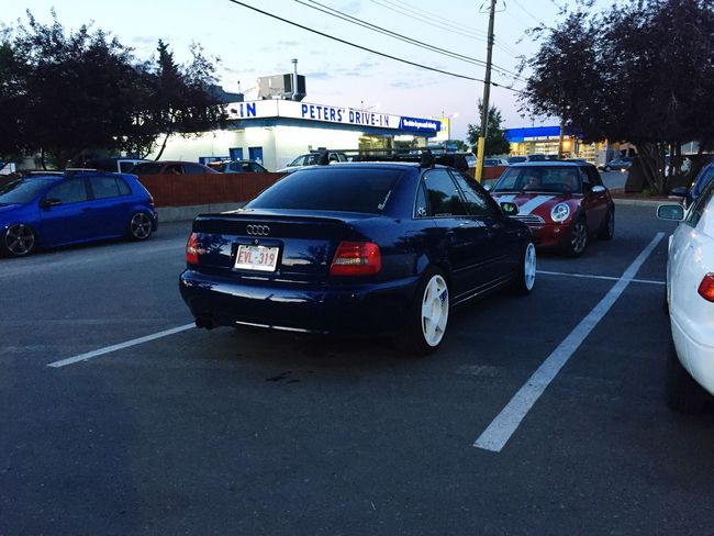 Hanging out at Peters Drive-in Eurodrivers B5s4 Audi Petersdrivein