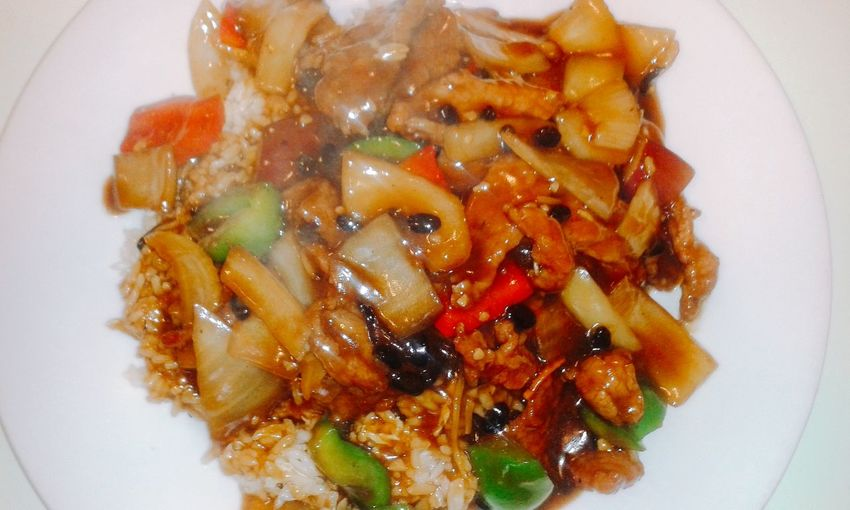 4.15.2016: Beef and vegetables in a black bean sauce with fried rice. Edited with the Line Foodie App Show Us Your Takeaway! Foodilicious Foodporn PhonePhotography Foodie Chinese Food Friedrice Eating Out