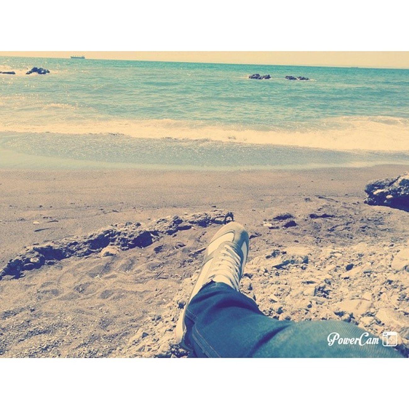 Payas Sahil Yalnızlık Sakinlik Ve Bir O Kadar Kötü Durumlar..