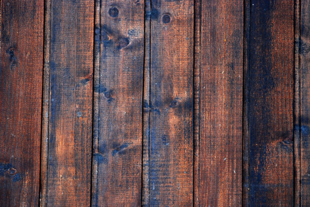 wood Backgrounds Close-up Full Frame No People Pattern Textured  Weathered Wet Wood - Material