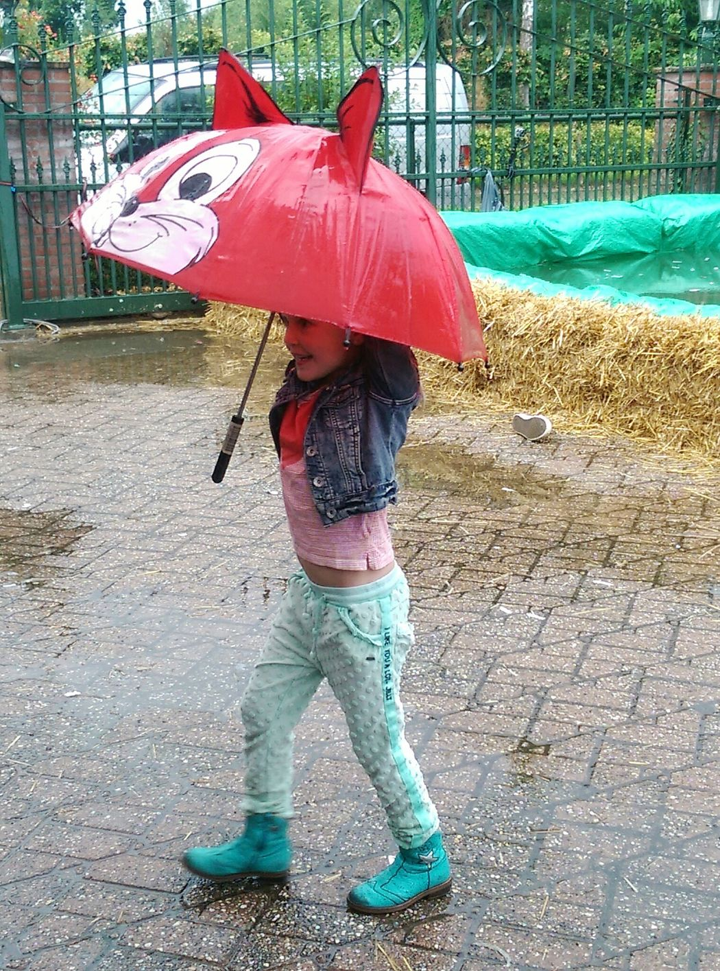 Umbrella Girl Rainy Day Splash Red Cat Umbrella Having Fun People Photography Urban Taking Photos Enjoying Life Outdoor Photography