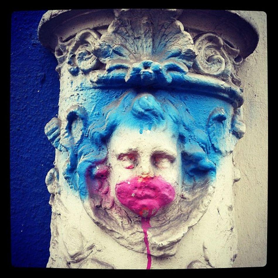 #kinder #kunterbunt #clown #baby #babyclown #graffiti #art #urban #urbanart #germany #berlin #berlinphotos #kreuzberg Clown Kreuzberg Kinder UrbanART 10likes Kunterbunt Berlinphotos Babyclown Berlin Graffiti Urban Art Germany Baby