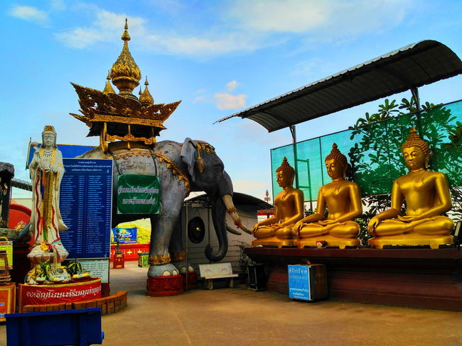 Budha Elephant Statue Dewi GoldenTriangle Trip Thailand Laos Myanmar Travel Destinations Outdoors Day Stupa History Statue Chiangrai