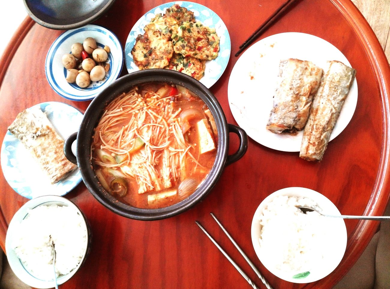 Breakfast Korean Food Food Foodporn Food Porn Foodphotography Family Meal Hungry Delicious South Korea
