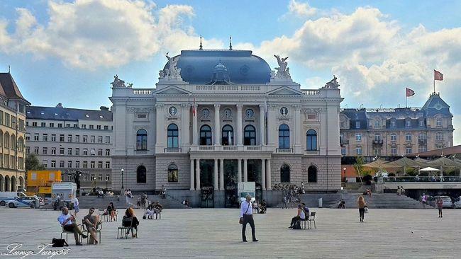 Opernhaus Zürich Architecture Built Structure City City Life Façade Opernhaus Zürich Schweiz Switzerland Travel Destinations Zürich