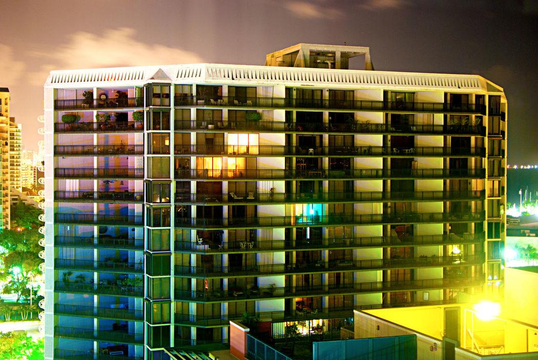 Showcase April The City Light The Architect - 2017 EyeEm Awards EyeEmNewHere