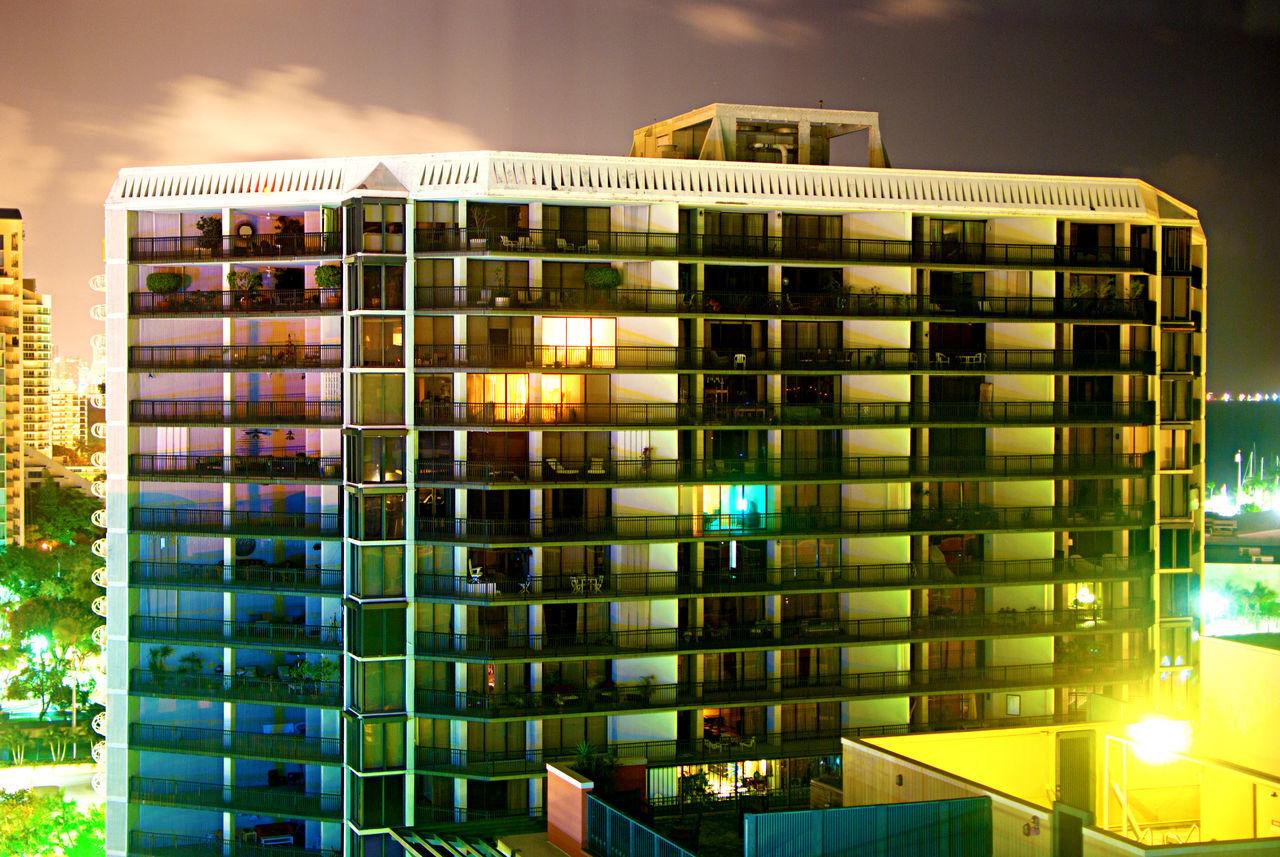 Showcase April The City Light The Architect - 2017 EyeEm Awards