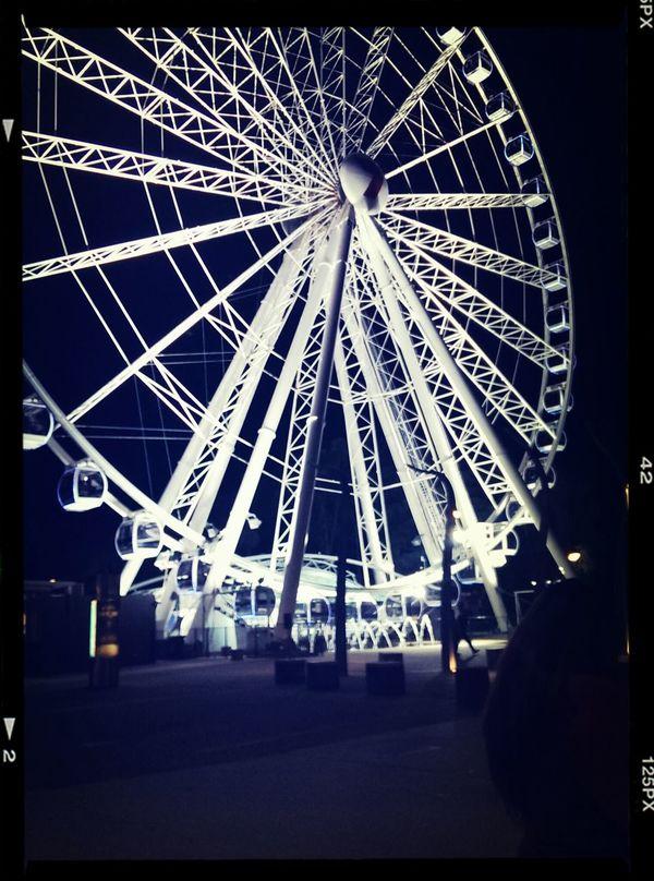 Ferris Wheel - Brisbane City Australia Taking Photos