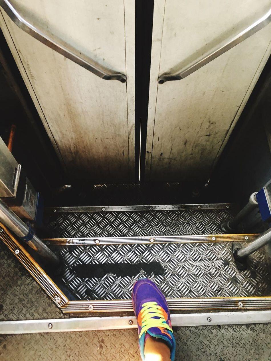Disfrutando De La Vida Transportation Real People Human Leg One Person Steps Shoe Public Transportation Day Steps And Staircases IPhone Nike Airmax Colors