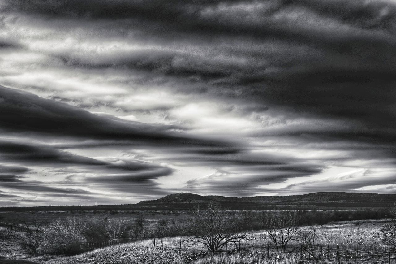 Cloud - Sky Dramatic Sky Sky Landscape Mountain Cloudscape Storm Cloud Nature Outdoors Beauty In Nature No People Day Extreme Weather Blackandwhite Black And White Collection! Eyeemphotography Black & White Photography This Week On Eyeem Blackandwhite Photography EyeEm Gallery Texas Photographer Dramatic Sky Black&white Farmland