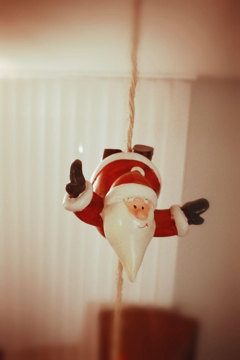 Christmas Decoration Christmas Time Santa Claus Père Noël Pole Dance