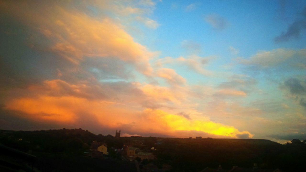 Sunset Cloud - Sky Holmfirth Yorkshire Dramatic Sky Colourful Sky Beauty Beautifulsky Sky Beauty In Nature