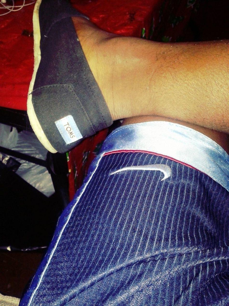 Tatting In My Toms