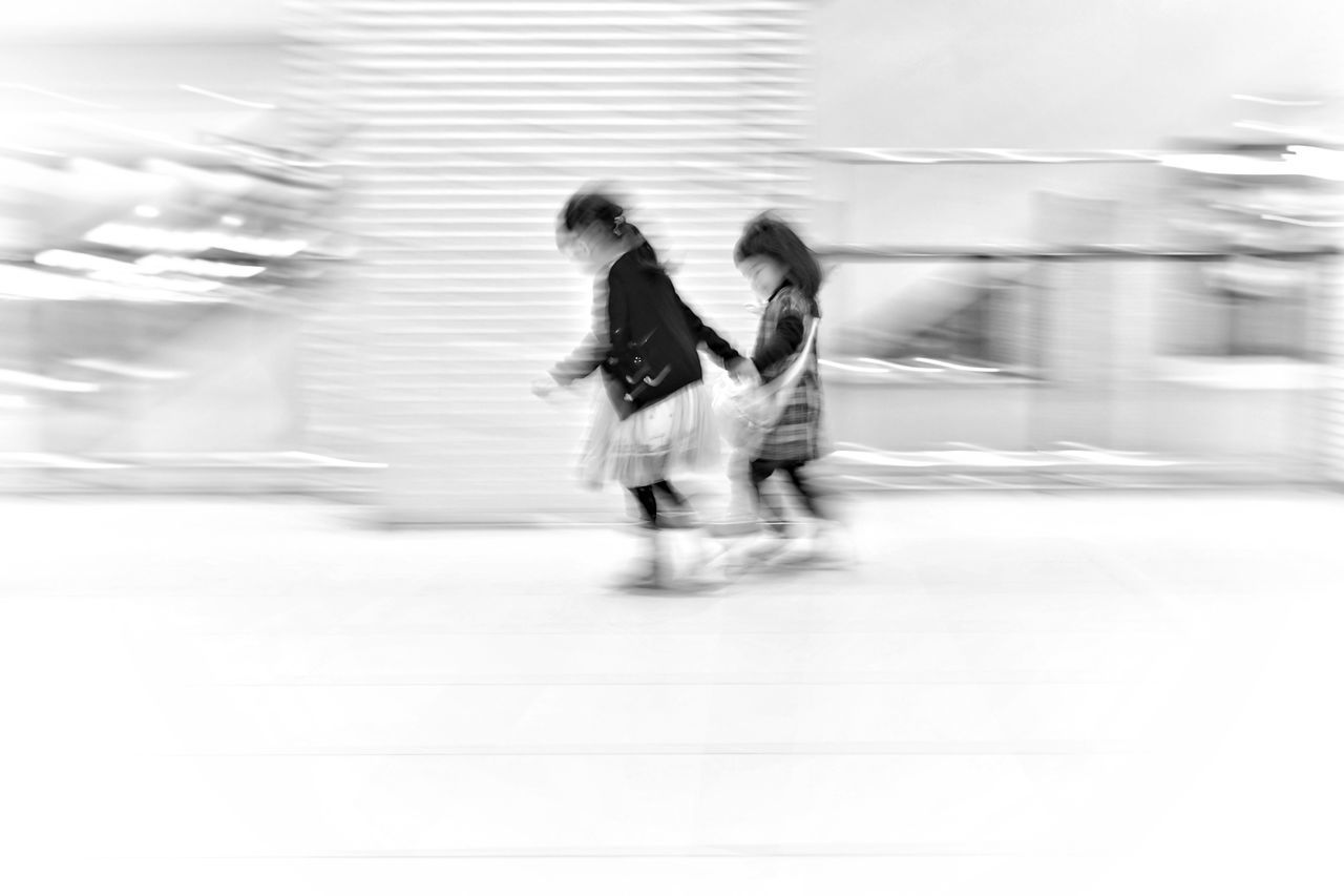 Capture The Moment Running Kids Blurred Motion Two People Black And White Street Photography Uzu St. Light And Shadow Urban Exploration People Family Still Life Fine Art Landscapes Depth Of Field Travel Low Angle View Architecture White Background Full Frame Detail Sigma EyeEm Best Shots 17_01 The Street Photographer - 2017 EyeEm Awards The Portraitist - 2017 EyeEm Awards