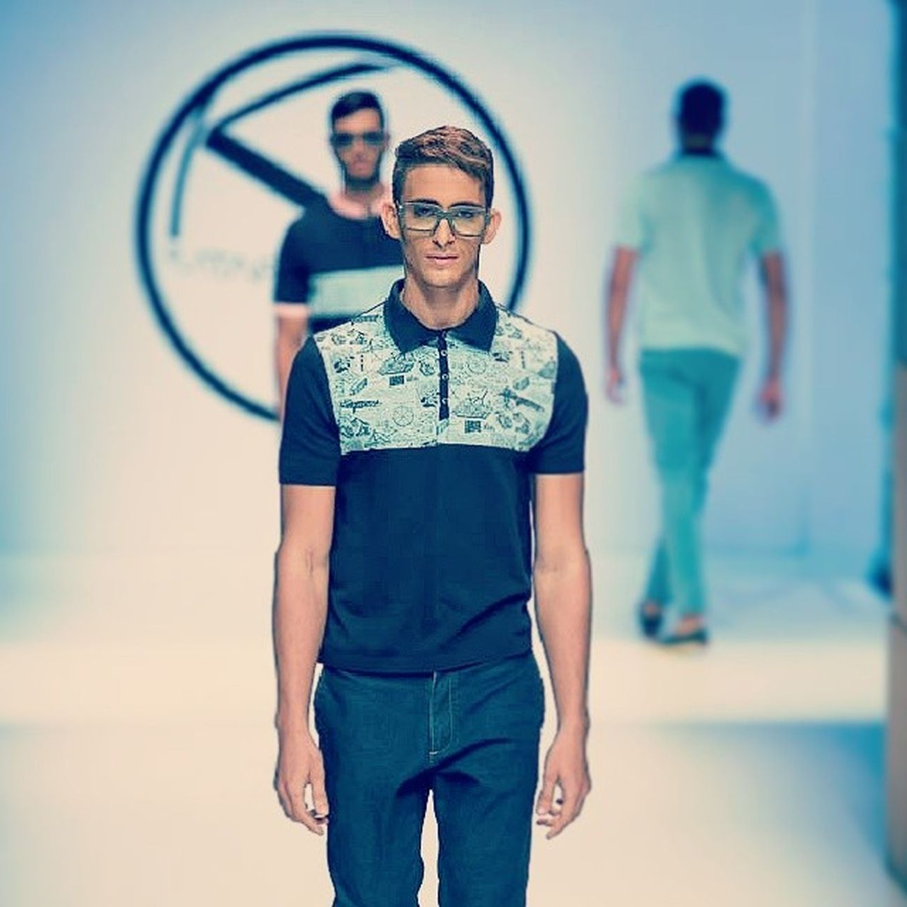 Mon & Velarde - Pk2014 Moda Estilodevida Plataformak negocios runway model informamodels @chachaposada behappy
