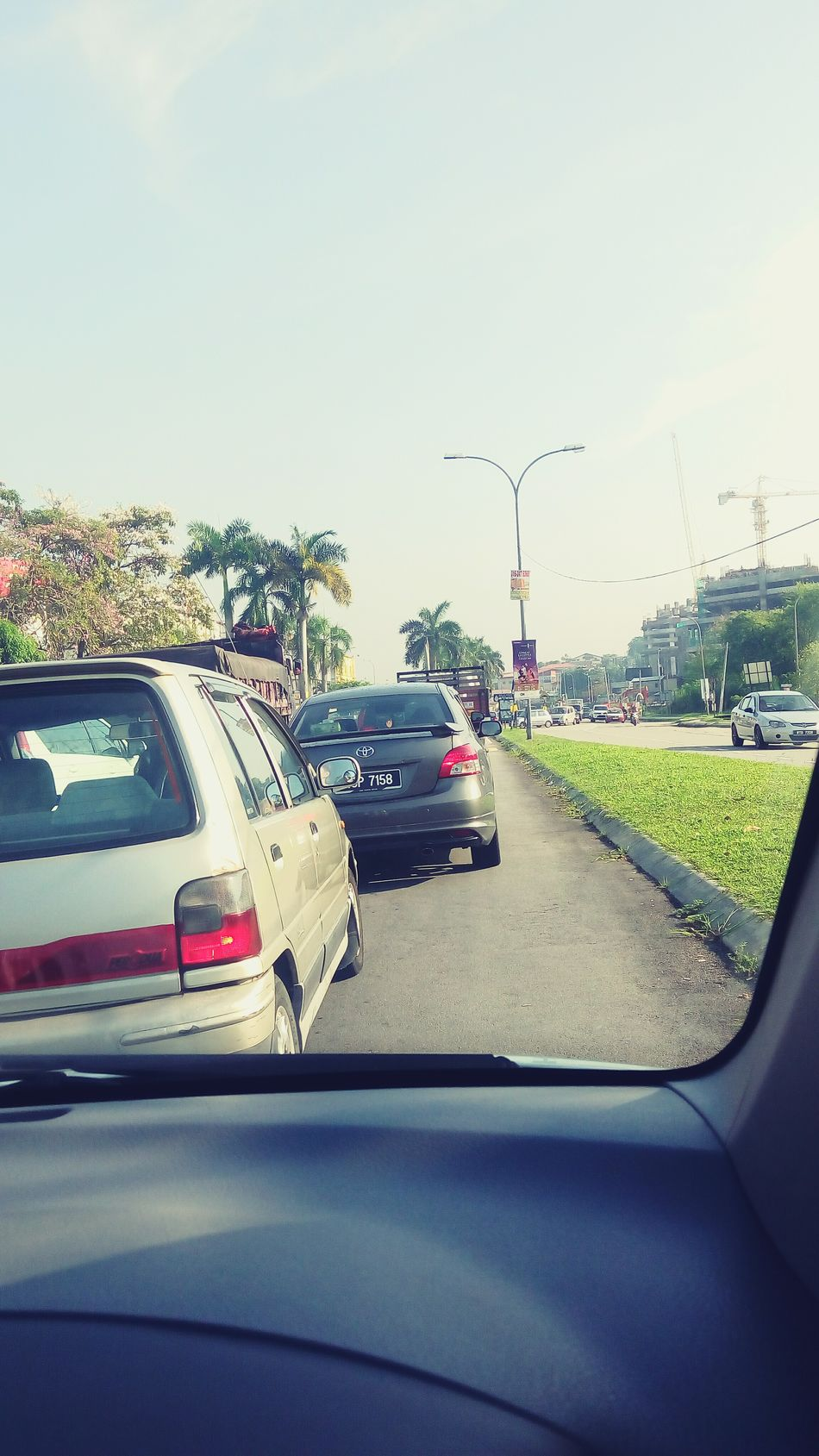 Trafic Jam jam everywhere =_= Just Another Day Morning Tired And Bored Working Hard Enjoying The Sun? Malaysia Balakong Hmmm...