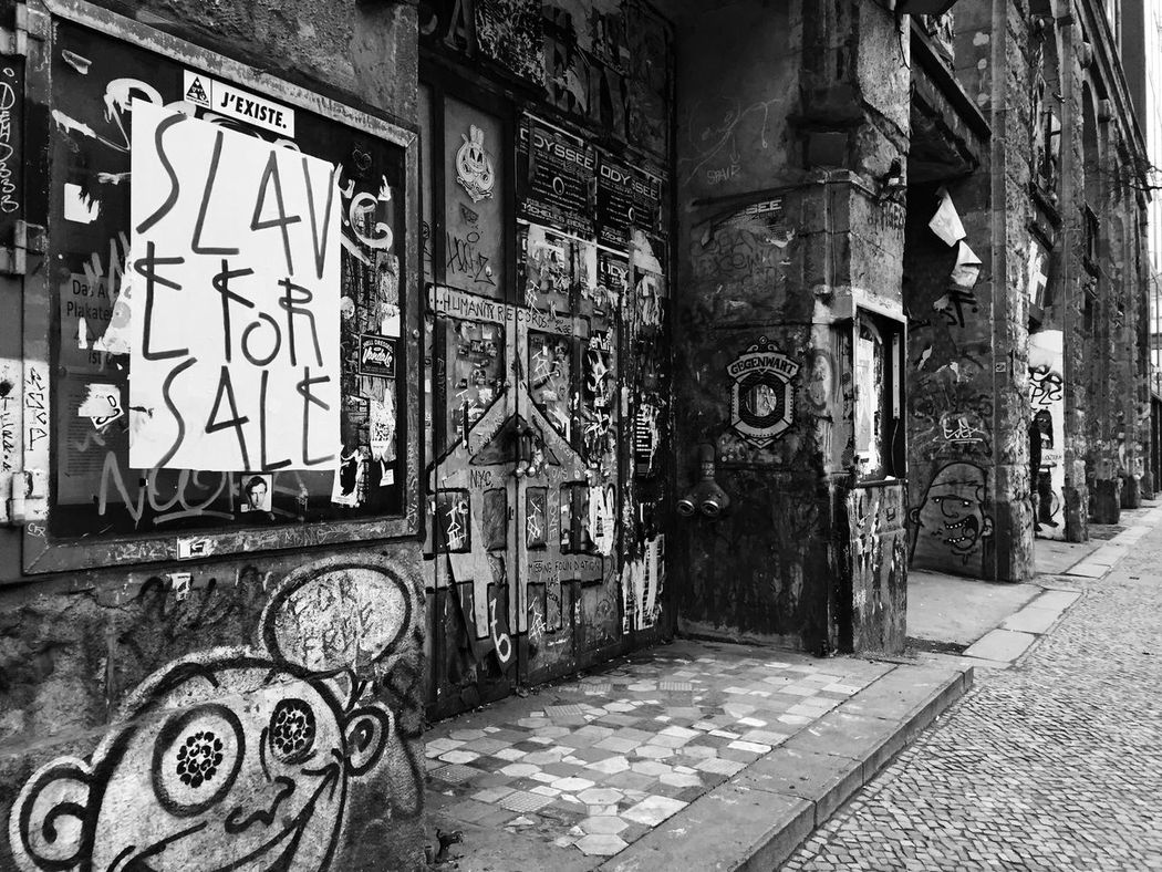 Berlin Shades Of Grey Blanck And White Street Photography Streetphotography Streetart/graffiti Tag Streetart Iphonephotography IPhone Photography