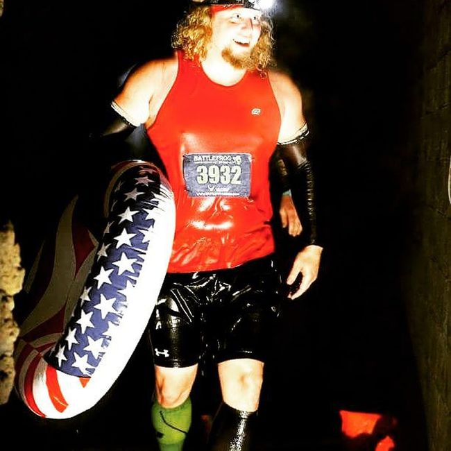 TBT  to last year's battlefrog race in Pittsburgh. This year we go xtreme. As many laps as you can in 6.5 hours. My goal is 20 miles and 140 obstacles. Battlefrog Battlefrogxtreme Pittsburgh Hulkamania Hulkamaniac Teamcorepower Hyletecompeteteam Eatnuttzo Cepcompression CMM Buffalo Buffalony Wnyocrfreaks Inov8