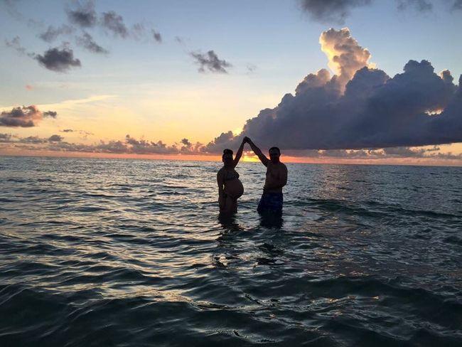 Nofilter Pregnant Sunrise Rusian Couple Blast In Miami Beach Beach Baby Beach Life Beachphotography