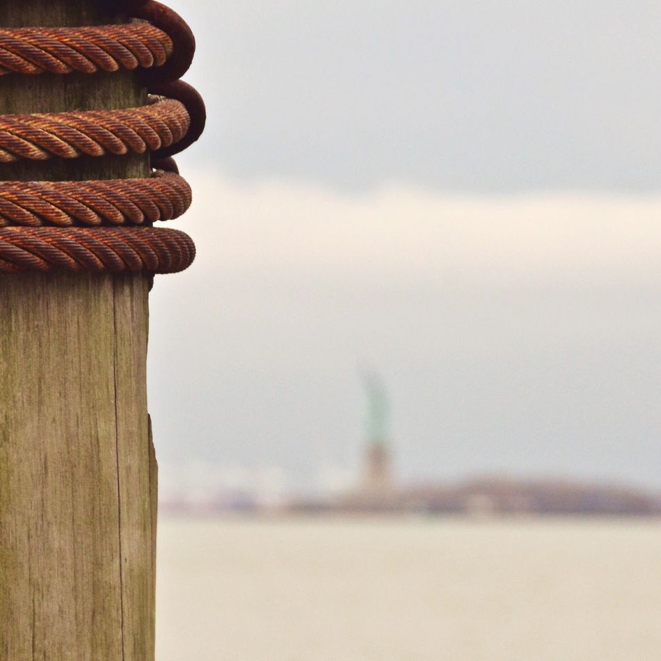 Smart Simplicity Discover Your City NEM GoodKarma EyeEm Team New York The Best Of New York Statue Of Liberty Looking Into The Future Rule Of Thirds