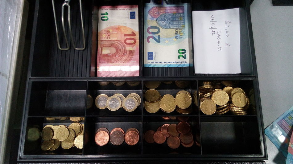 Art Is Everywhere Money Money Money Euros EyeEm Gallery Last In First Out Cash