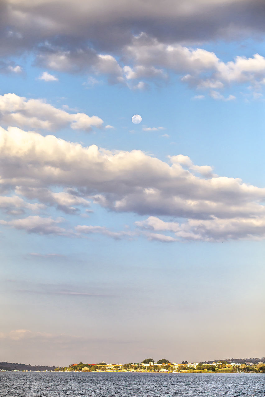 sky, cloud - sky, beauty in nature, nature, tranquility, scenics, water, tranquil scene, sea, no people, outdoors, horizon over water, day
