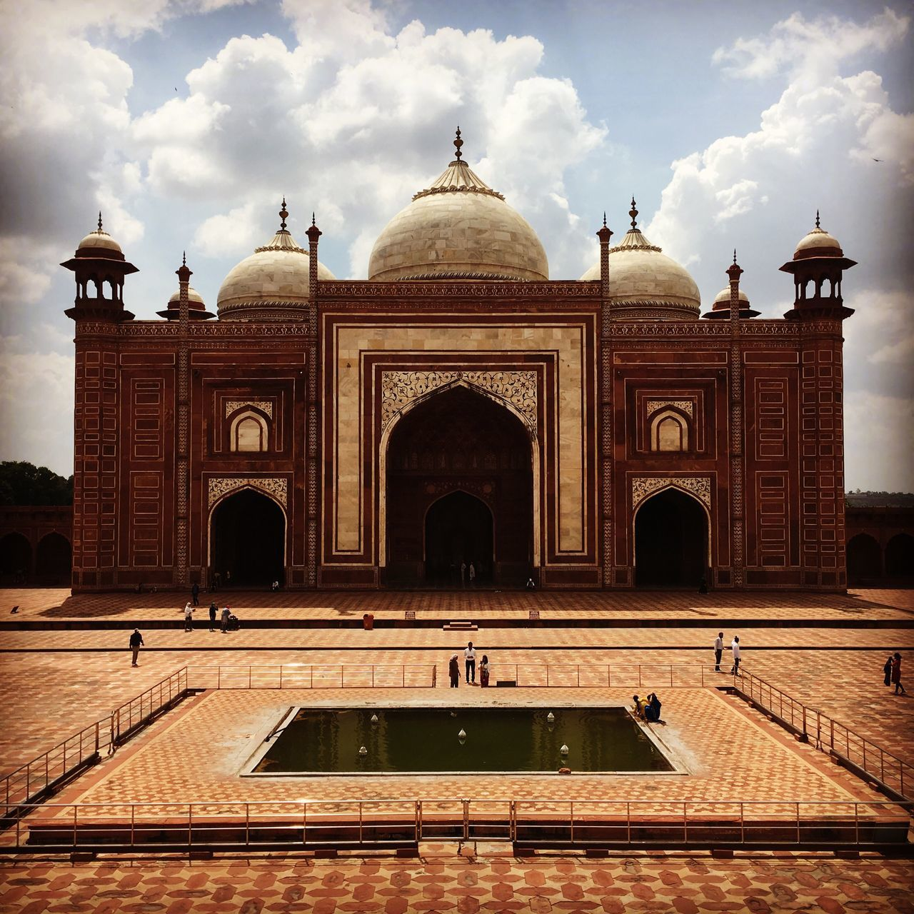 Agra Travel History Tomb Arch Travel Destinations Building Exterior Cultures Place Of Worship