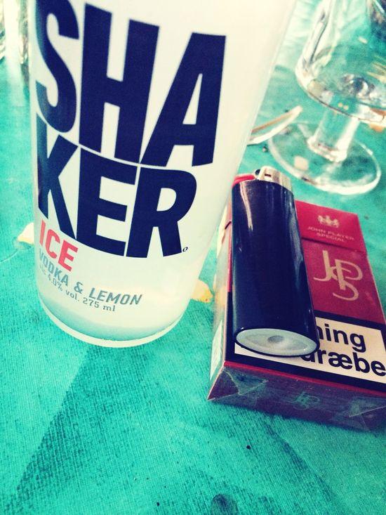 Så hygger vi ❤️? Cult Shaker Ice Alcohol Smoking Party