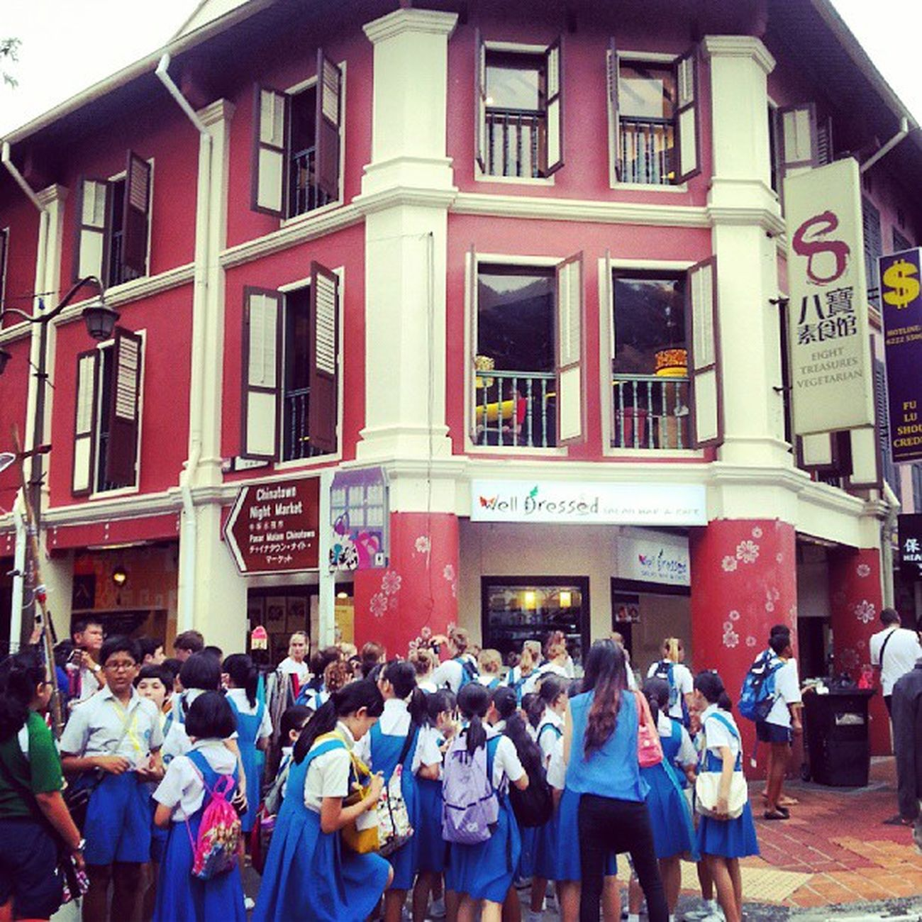 """School excursion in Chinatown...along South Bridge Road..."" Wow_singapore SGmemory Singaporeafresh Streetphoto Streetphotography Streetalma Sghub Spacesintheheartlands Sgig Singapore Sginstagram Streetstylesgf Ourlifetoday Numberofcolors Numberofn Mybest_street Mybest_shot Life Jj_streetphotography Jj  Ig_singapore Ig_street Ic_thestreets Iluvsg Gf_singapore igerssingapore instasg instagram_sg instalife gf_daily"