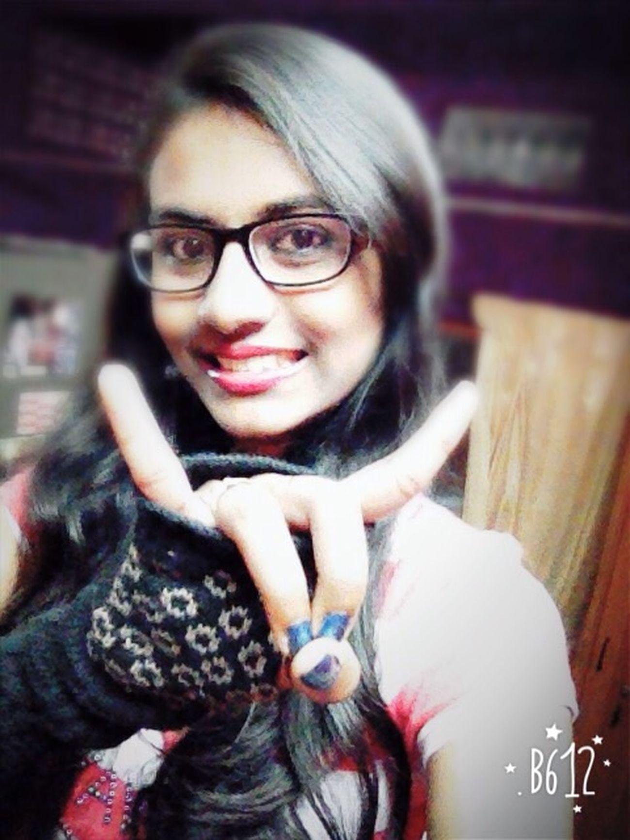 Sign Language says I love u ..!! ☺️☺️