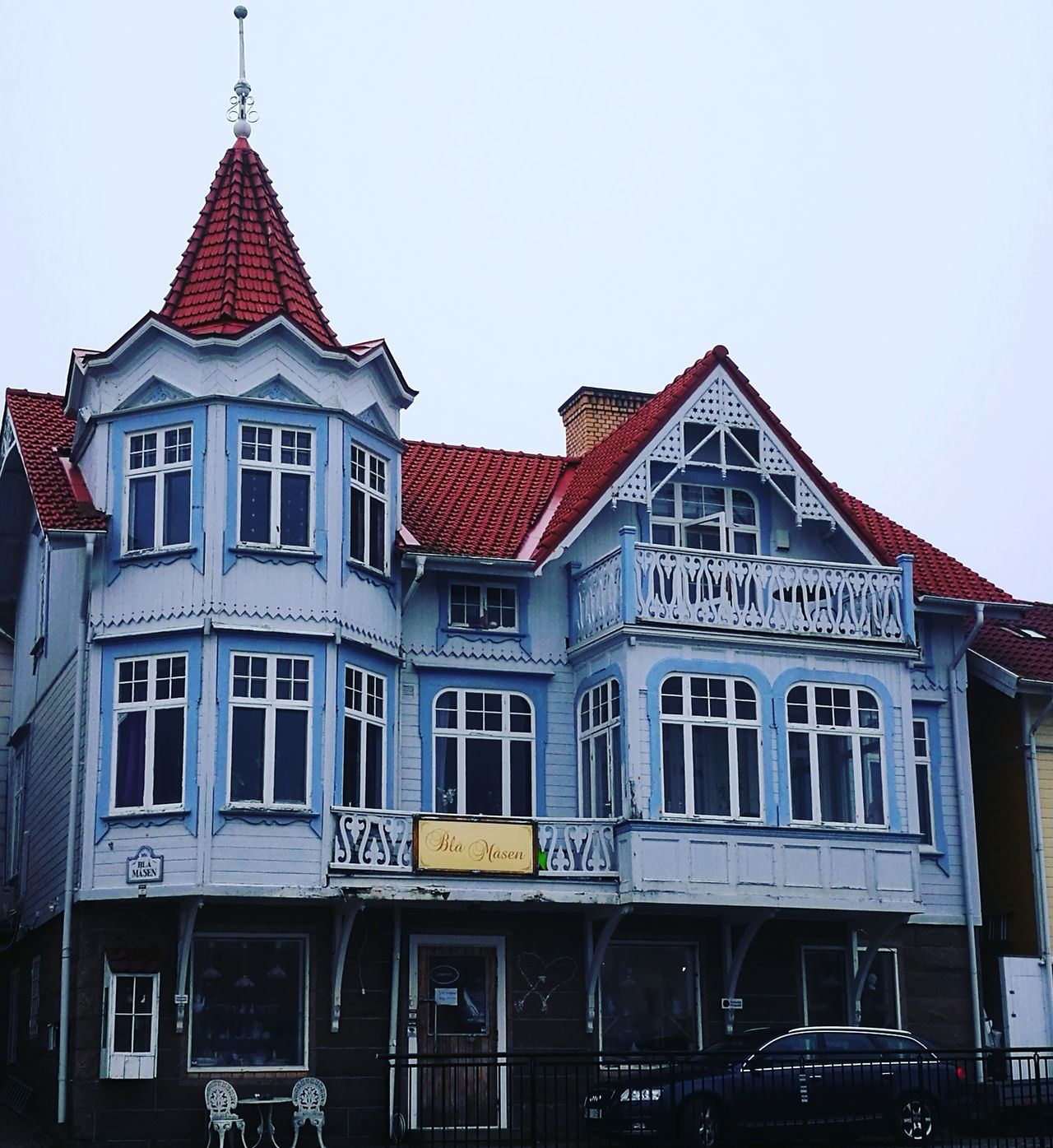 Vaneza larsen eyeem for Architectural exterior design virginia beach