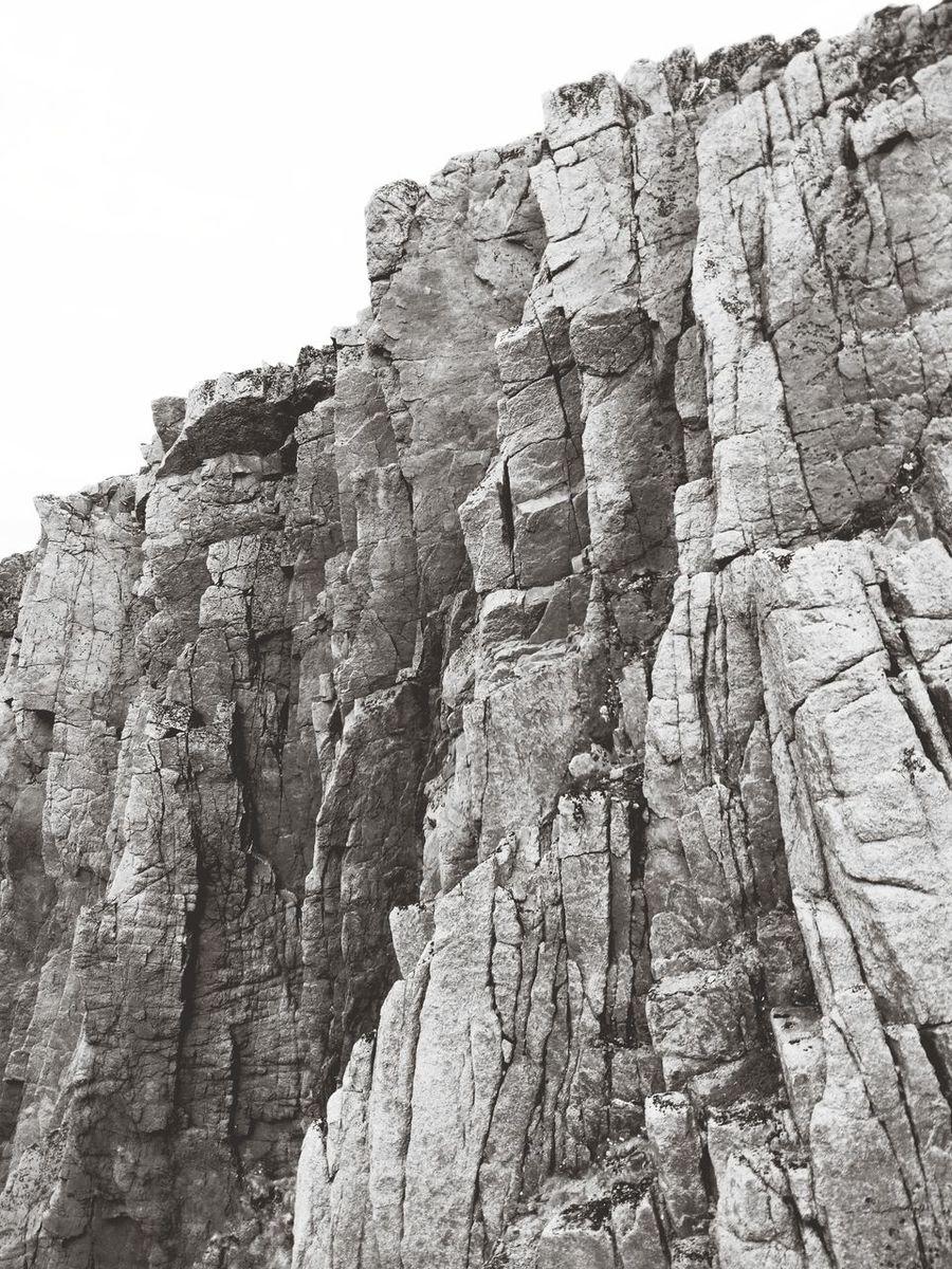 Скалы в Териберке