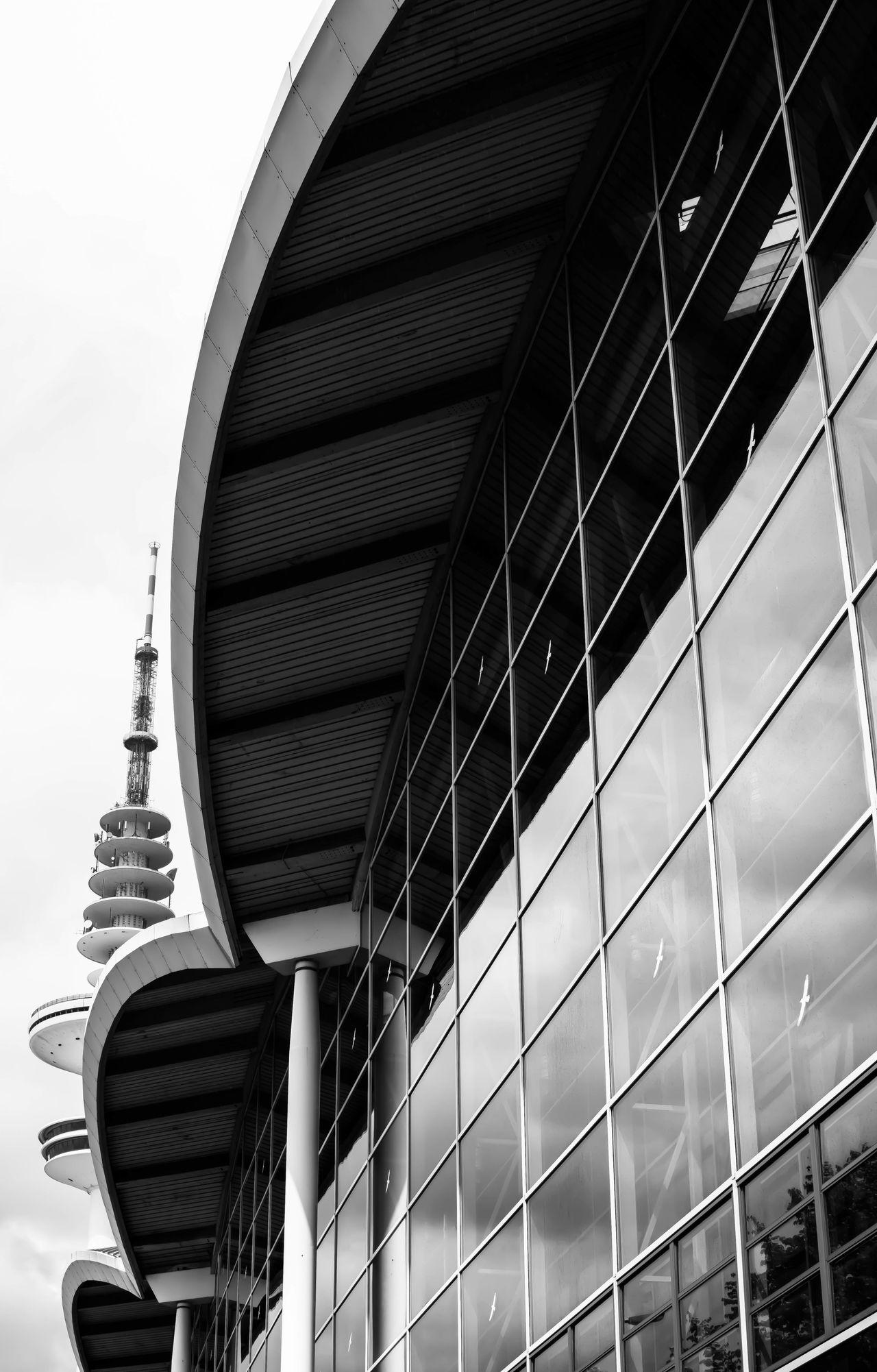 scapesshapes... Architecture Architecture_bw Blackandwhite Cityscapes Exhibitionhall Exibition Hall Eye4black&white  EyeEm Best Shots - Black + White Fortheloveofblackandwhite Geometric Shapes Hamburg Hamburg Streetphotography Light And Shadow Messehallen Modern Architecture Monochrome Open Edit Round Schwarzweiß Taking Photos Telemichel Tower TV Tower Urban Geometry Urbanphotography