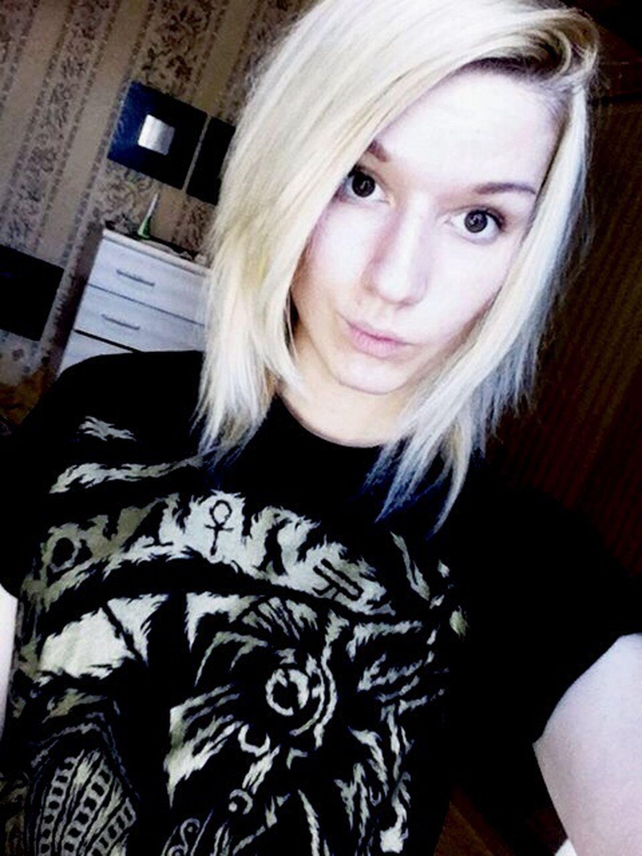 Me Stupid Girl Selfie Cute Meow Blond Hair Pretty