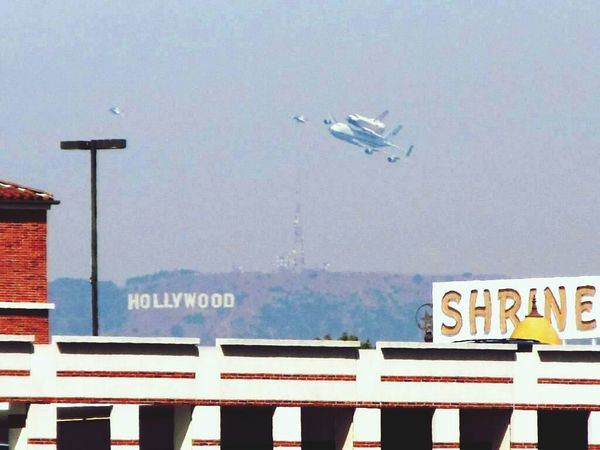 Check This Out Endeavour when Endeavor flew over Los Angeles Taking Photos