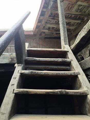Steps Steps And Staircases Sky Wood - Material Man Made Object Memories Traveling Antiquities Capture The Moment Architecture History Hidden Gems  Hunza Valley Pakistan Baltit Fort Hunza Hunza Taking Photos Karimabad