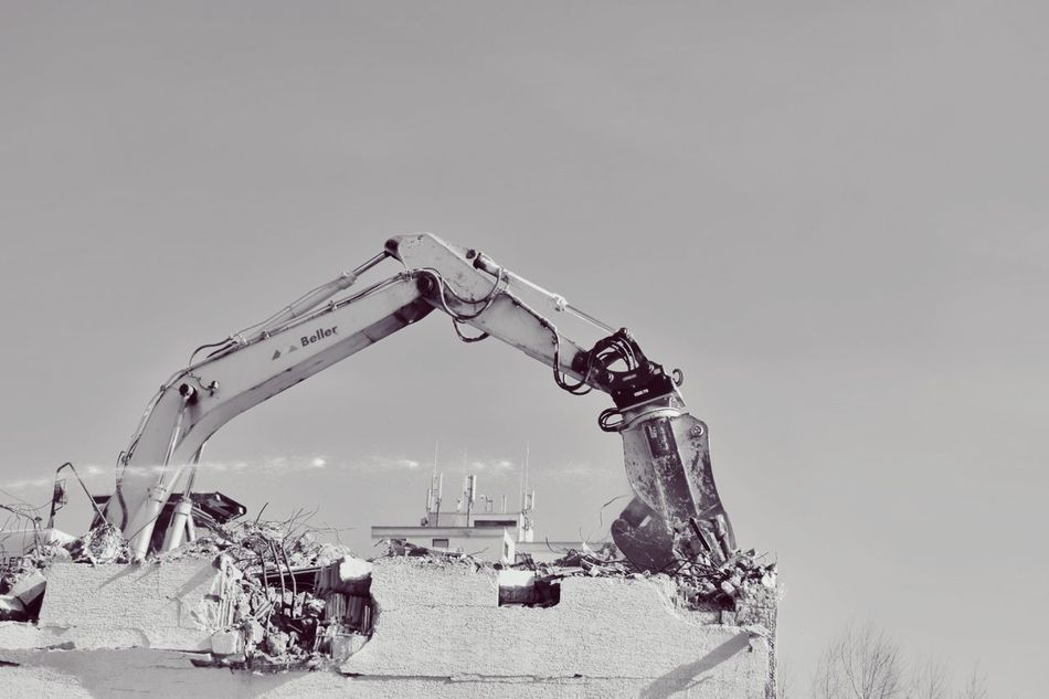 Business Finance And Industry No People Sky Outdoors Day Technology Black And White Photography Blackandwhite Blackandwhite Photography Demolition Exavator Machine Building Site Water Jet