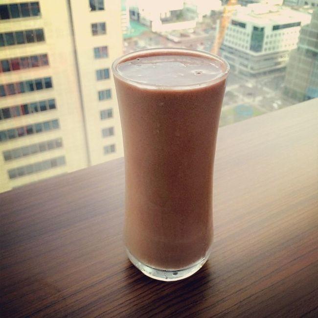 Afternoon Choco-Vanilla Shake:) Haveyouhadyourshaketoday Herbalifeph Herbalifenutrition Healthysnack