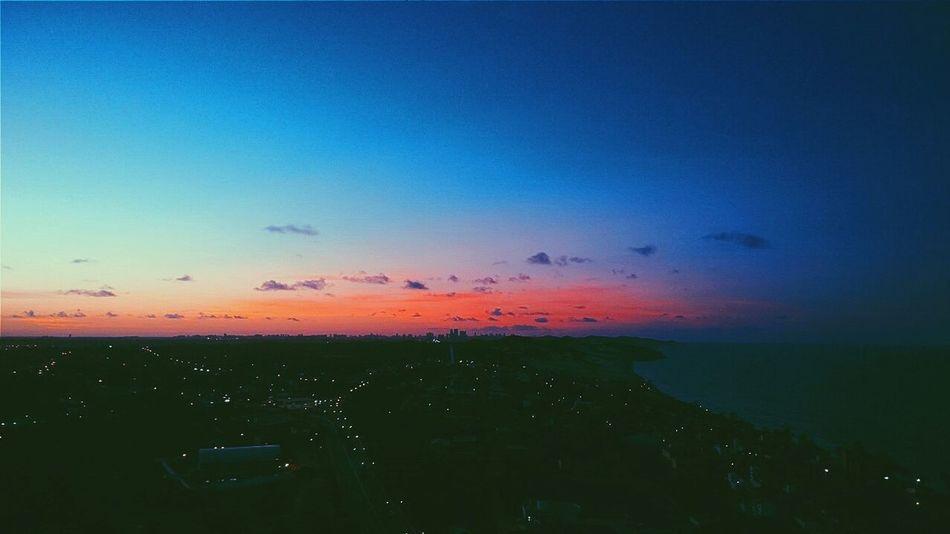 My Smartphone Life Sunset #sun #clouds #skylovers #sky #nature #beautifulinnature #naturalbeauty #photography #landscape Enjoying Life Hello World Pordosol Coucherdusoleil Enjoying The Sunset Sky Collection CeuPerfeito Cidades