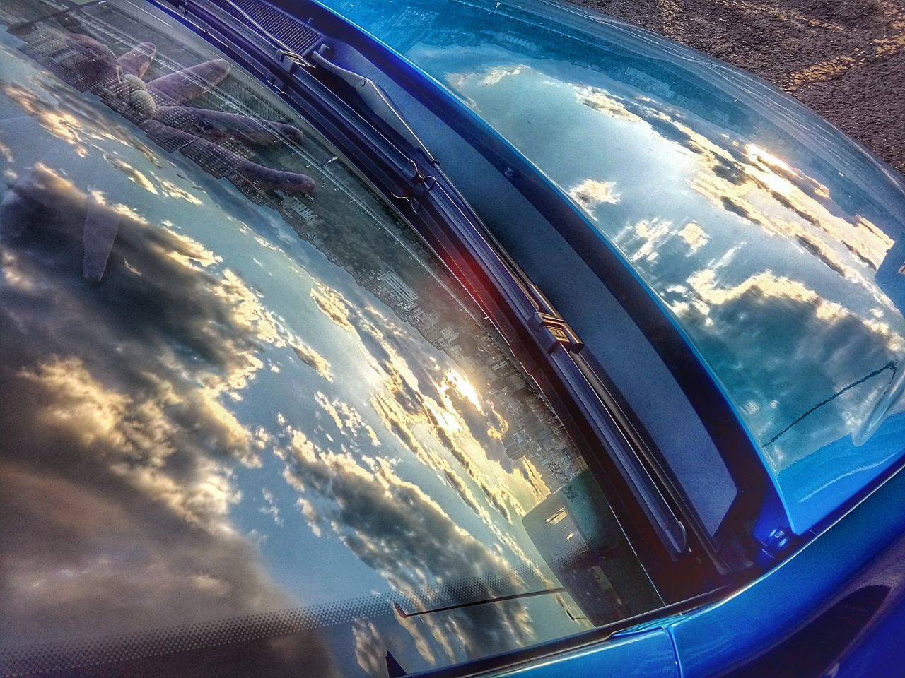 Atardece entre coches. Sunset between Cars Bilbao Landscape Blue Reflection Cloud - Sky Airplane Aerial View No People Sea Day Air Vehicle Outdoors Commercial Airplane Sky Water Cockpit Wave Close-up