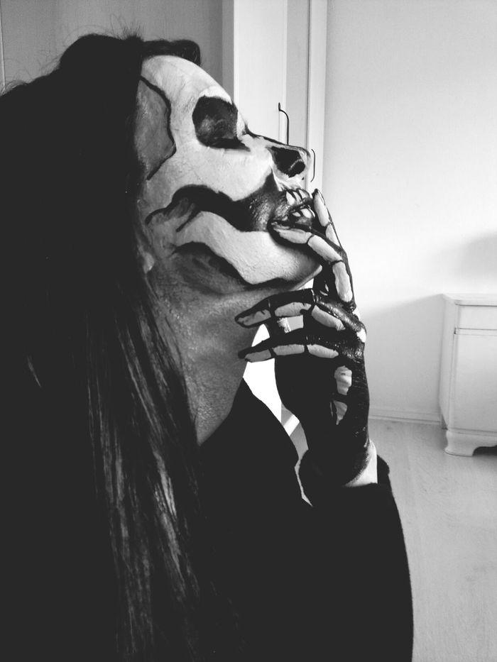 skully make up Makeup Skullmakeup Skull Makeuptothebones