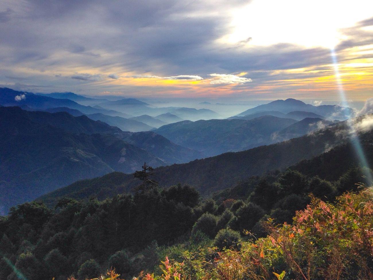 Taiwan Enjoying Life 合歡山 Landscape